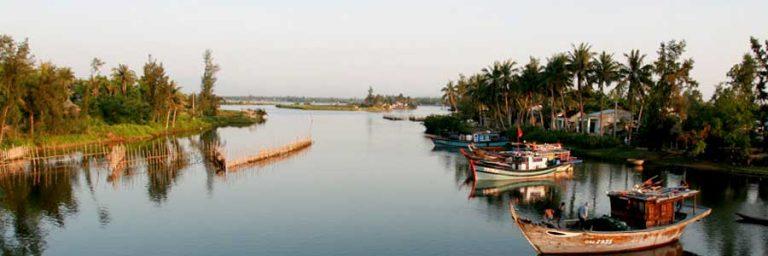 Indochina Rundreisen © Easia Travel